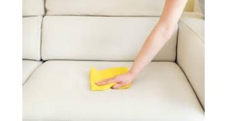 5 Cara Praktis Merawat Furniture Kantor Berbahan Kulit