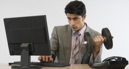 Ingin Tetap Sehat Walaupun Kerap Lembur di Kantor? Ini Dia Solusinya!