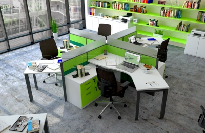 4 Staff Workstation with Triangle Leg